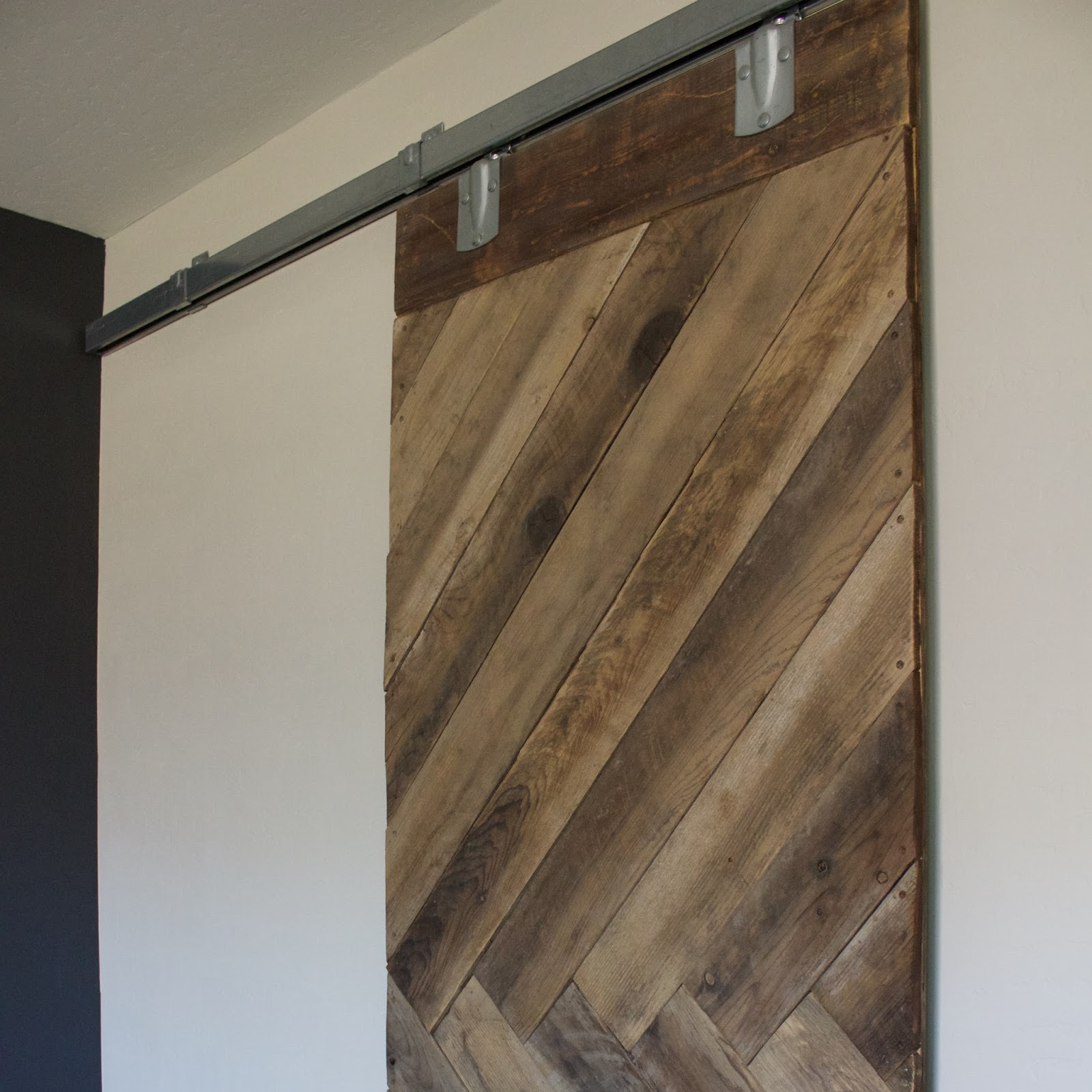 Sliding barn door in house - Sliding Barn Door In House 1
